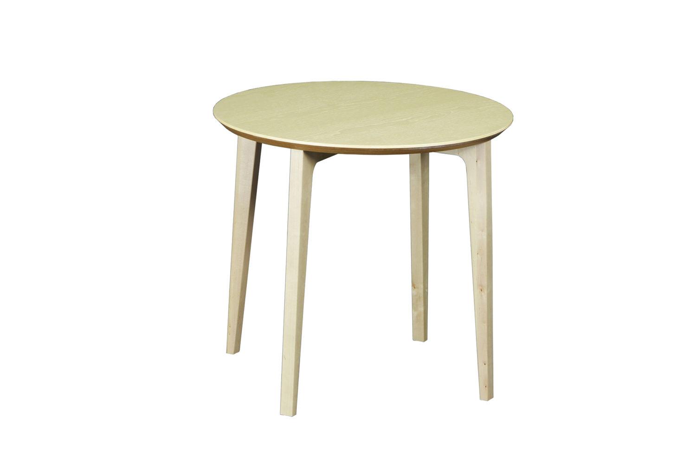 Isla-sohvapöydässä on tukeva rakenne ja pyöristetyt kulmat
