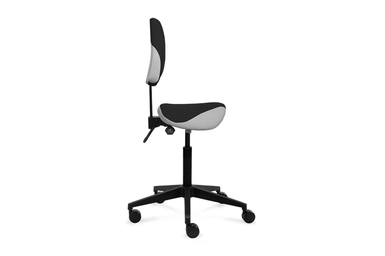 Vindi Low Back -satulatuolissa on säädettävä istuinkorkeus, istuinkulma ja korkeussäädettävä selkänoja